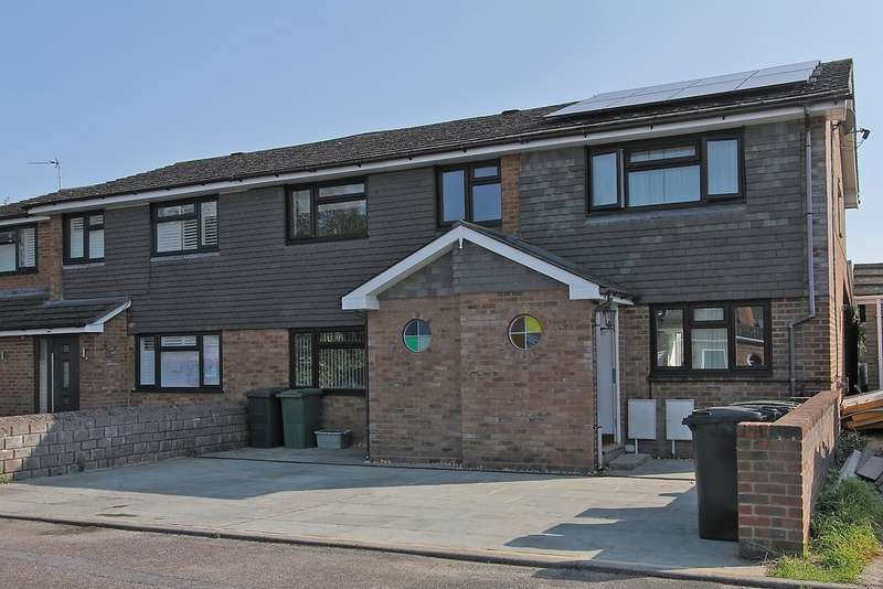 2 Bedrooms End Of Terrace House for sale in Lyde Close, Oakley