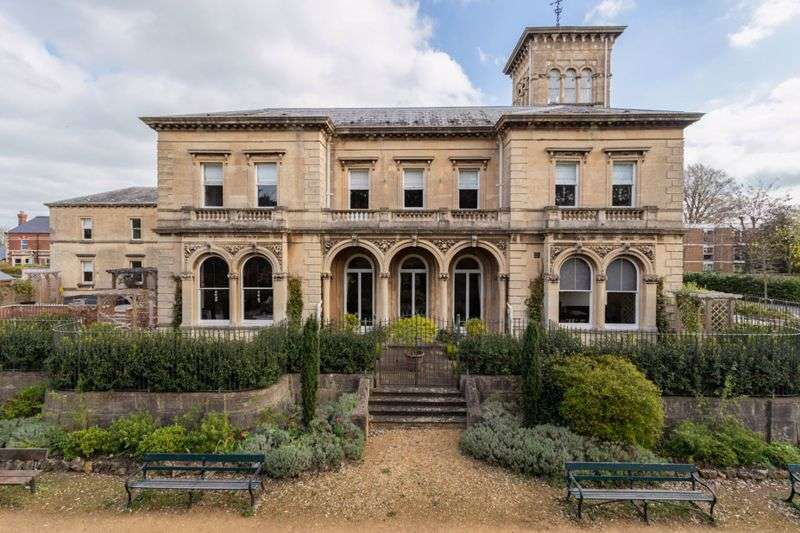 10 Bedrooms Property for sale in Denmark Road, Gloucester
