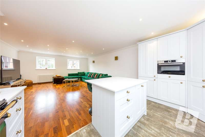 1 Bedroom Apartment Flat for sale in Tilia Court, 1 Berther Road, Hornchurch, RM11