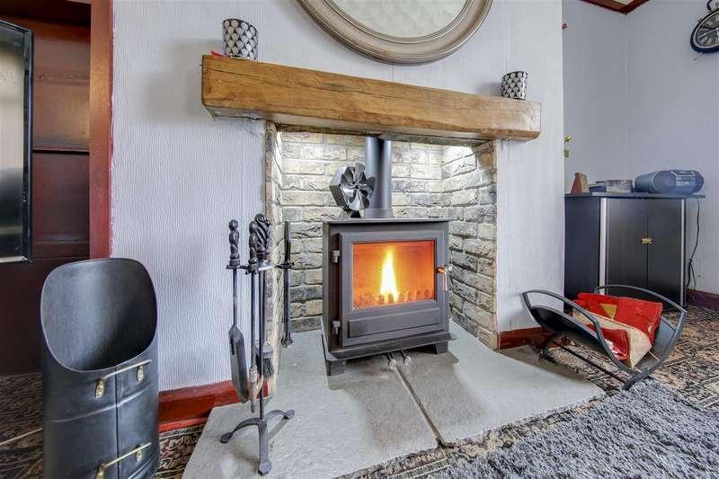 3 Bedrooms Semi Detached House for sale in Haslingden Road, Rawtenstall, Rossendale