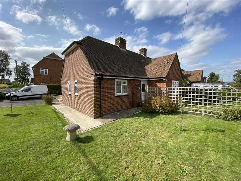 2 Bedrooms Bungalow for sale in Sapley Lane, Overton