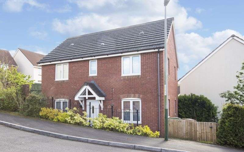 3 Bedrooms Property for sale in High Trees Risca, Newport