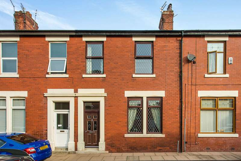 3 Bedrooms House for sale in Rundle Road, Fulwood, Preston, Lancashire, PR2