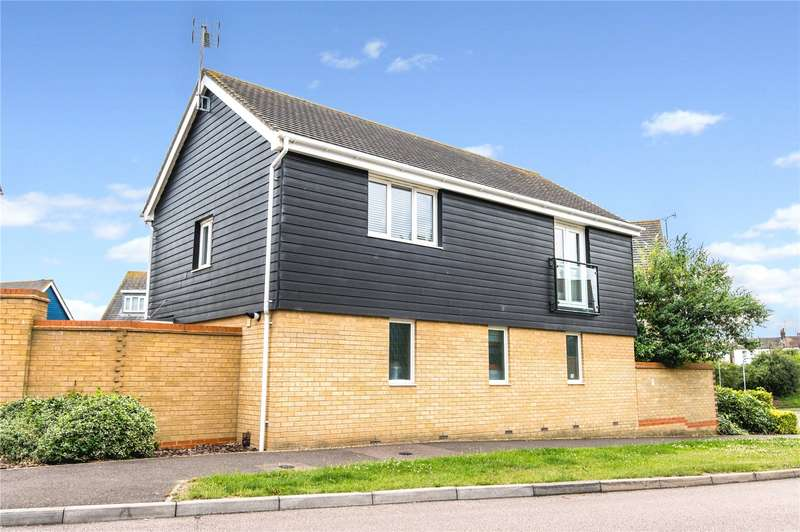 2 Bedrooms Apartment Flat for sale in Apollo Drive, Thorpe Bay Border, Essex, SS2