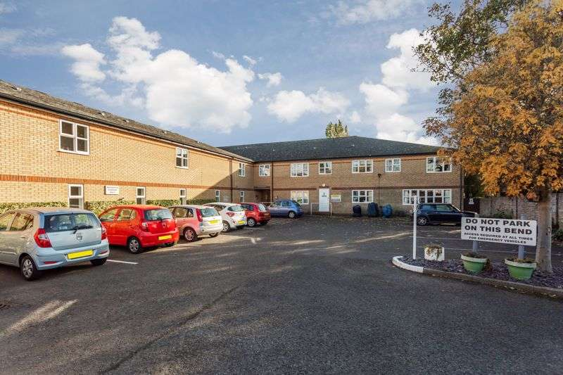 1 Bedroom Property for sale in Old Rectory Court, Southend-on-Sea, SS2 4XE