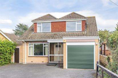 3 Bedrooms Detached House for sale in Blackness Lane, Keston