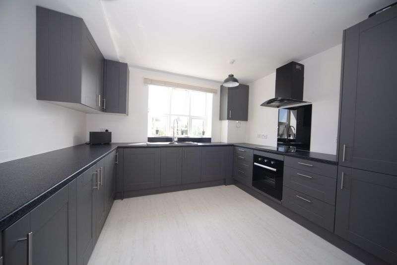 3 Bedrooms Property for sale in St. Albans Hill, Hemel Hempstead