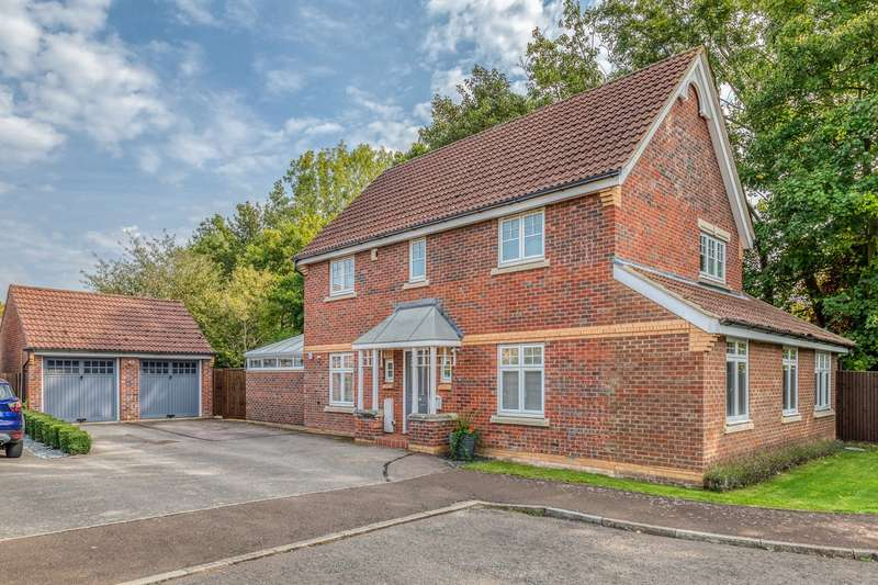 4 Bedrooms Detached House for sale in Elbourn Way, Bassingbourn, SG8