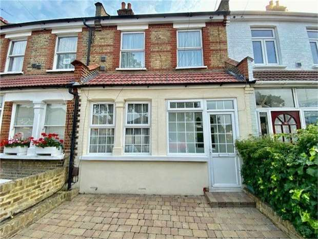 3 Bedrooms Terraced House for sale in Inwood Road, Hounslow, Middlesex