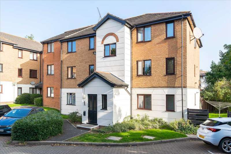 2 Bedrooms Apartment Flat for sale in Parrottsfield, Hoddesdon