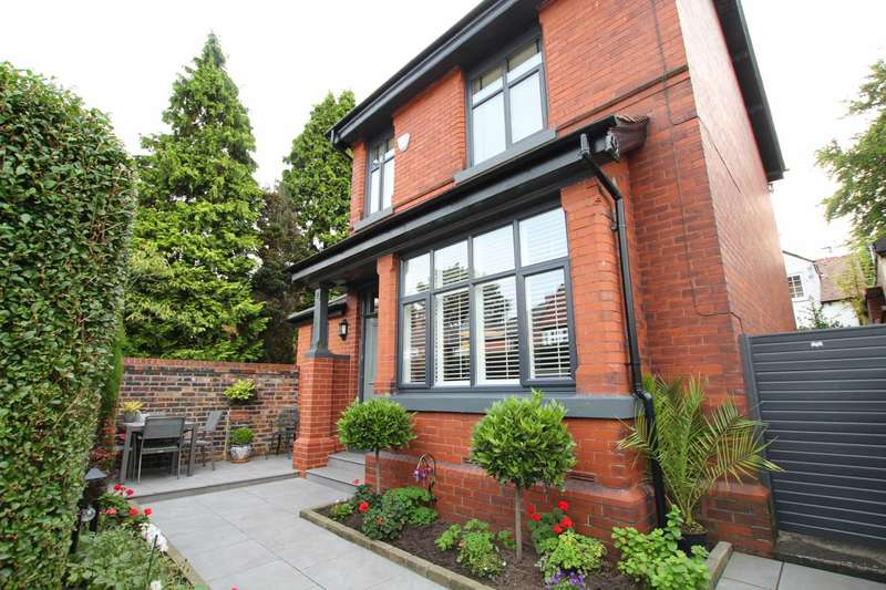 3 Bedrooms Detached House for sale in Avondale Road, Whitefield