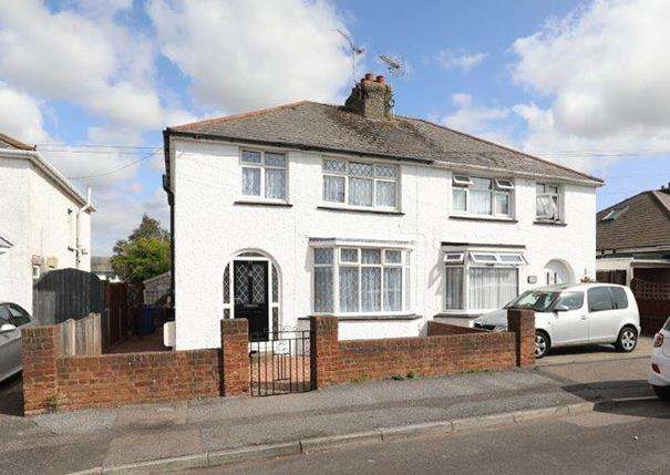 3 Bedrooms Semi Detached House for sale in Vincent Road, Sittingbourne