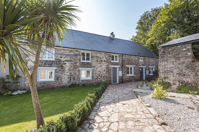 8 Bedrooms House for sale in Higher Batson, Salcombe