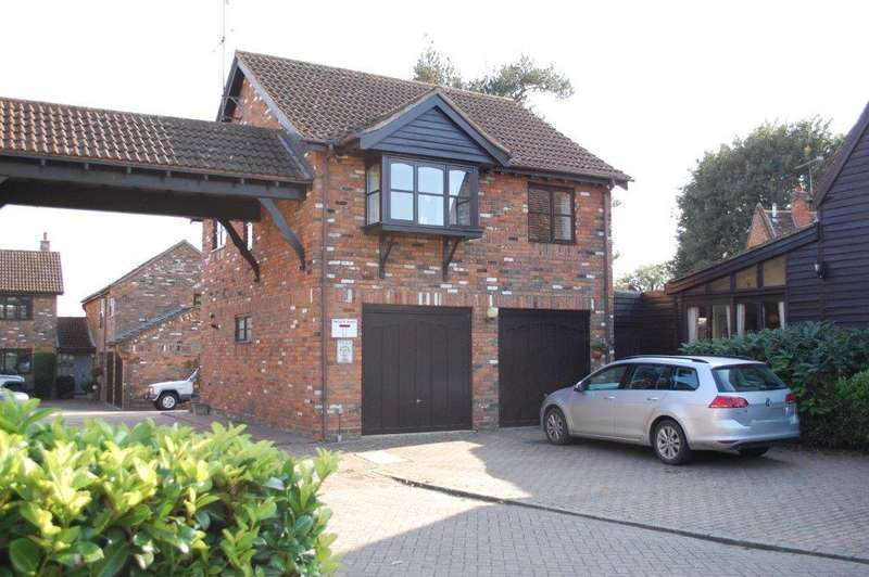 2 Bedrooms Detached House for sale in Farriers Close, Codicote
