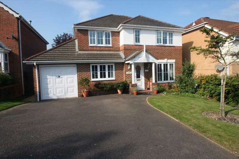 4 Bedrooms Detached House for sale in Hatch Warren, Basingstoke, Hampshire