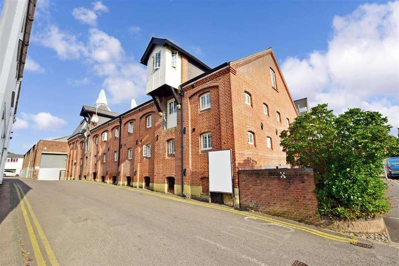 2 Bedrooms Apartment Flat for sale in Roper Road, , Canterbury, Kent