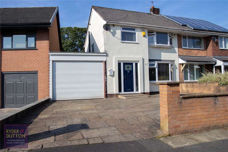 3 Bedrooms Semi Detached House for sale in Mossway, Middleton, Manchester, M24