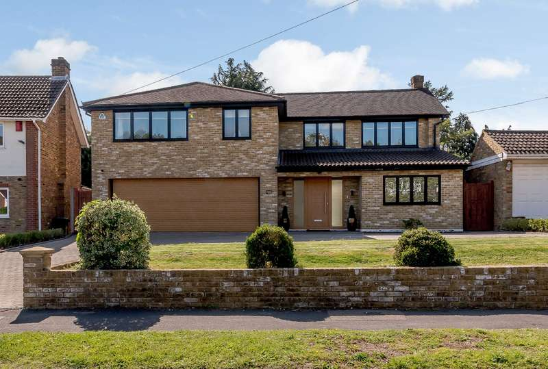 5 Bedrooms Detached House for sale in Highfield Way, Rickmansworth, WD3