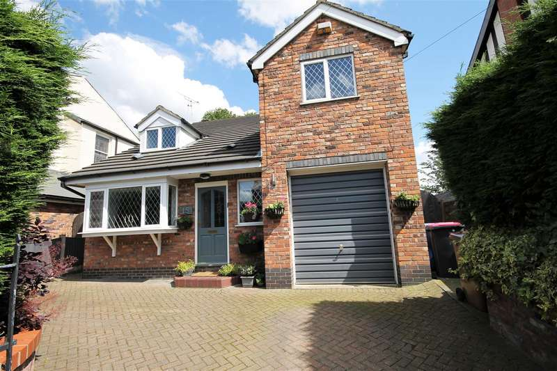 4 Bedrooms Detached House for sale in Trafalgar Road, Salford