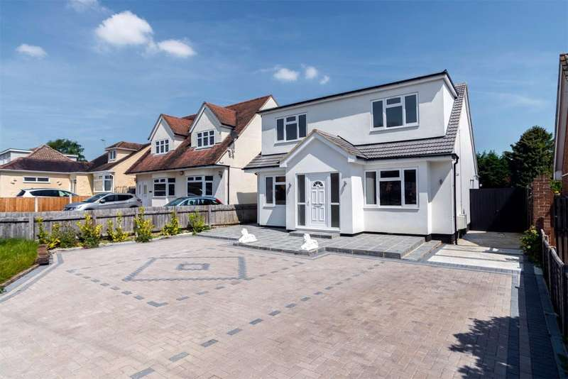 4 Bedrooms Detached House for sale in Doddinghurst Road, Doddinghurst, Brentwood, Essex, CM15