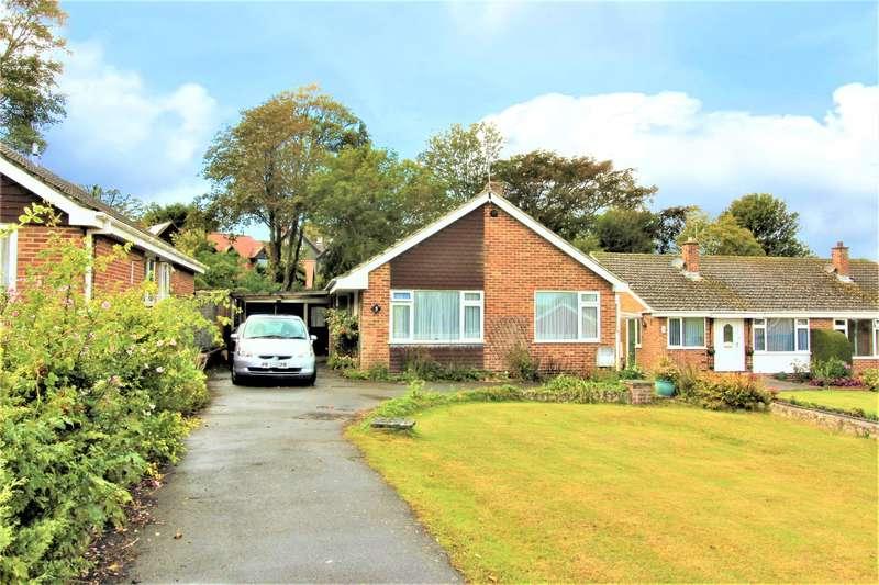 3 Bedrooms Detached Bungalow for sale in Bedingfield Way, Lyminge, CT18 8JH