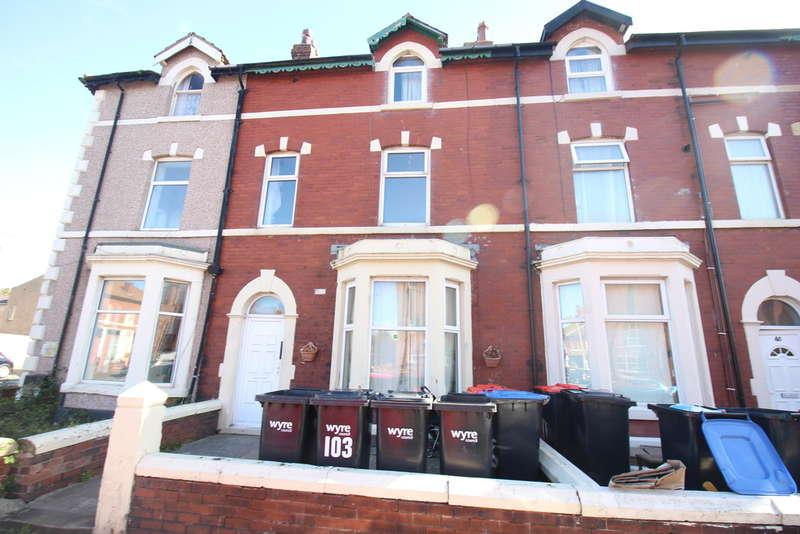 5 Bedrooms Flat for sale in Milton Street, Fleetwood