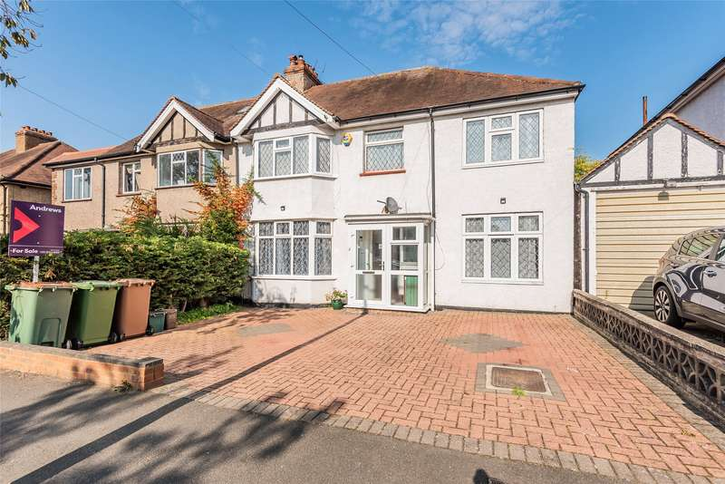 5 Bedrooms Semi Detached House for sale in Courtenay Road, Worcester Park, Surrey, KT4