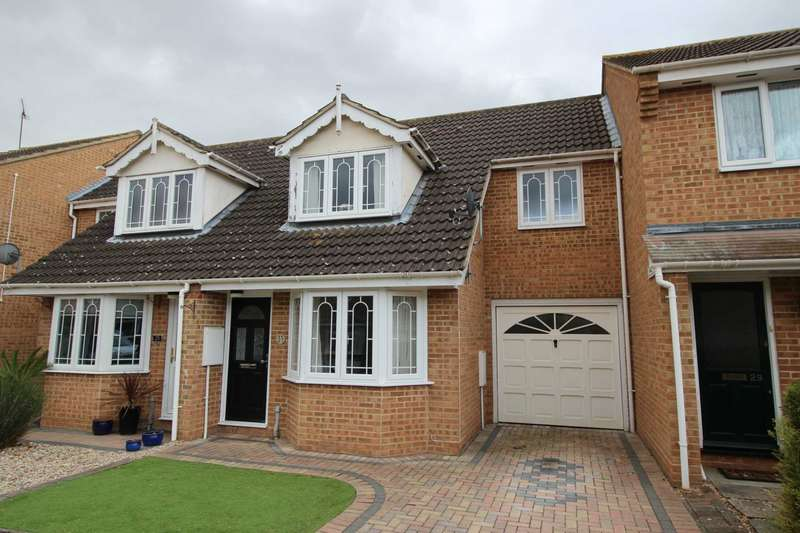 3 Bedrooms Terraced House for sale in Blythe Way, Maldon