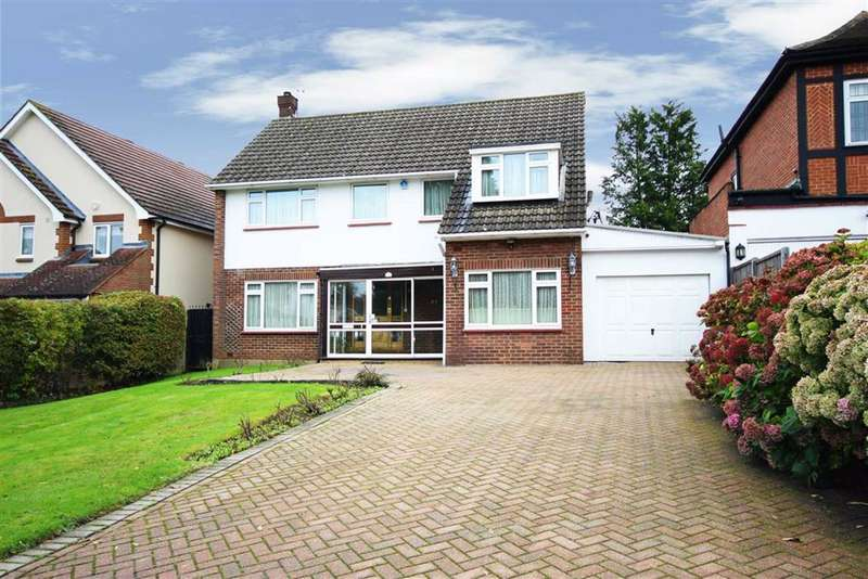 4 Bedrooms Detached House for sale in Galley Lane, Arkley, Hertfordshire