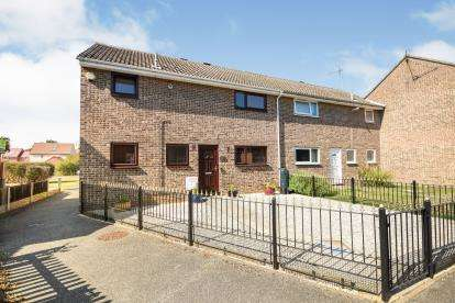 3 Bedrooms End Of Terrace House for sale in Rayleigh, Essex, .