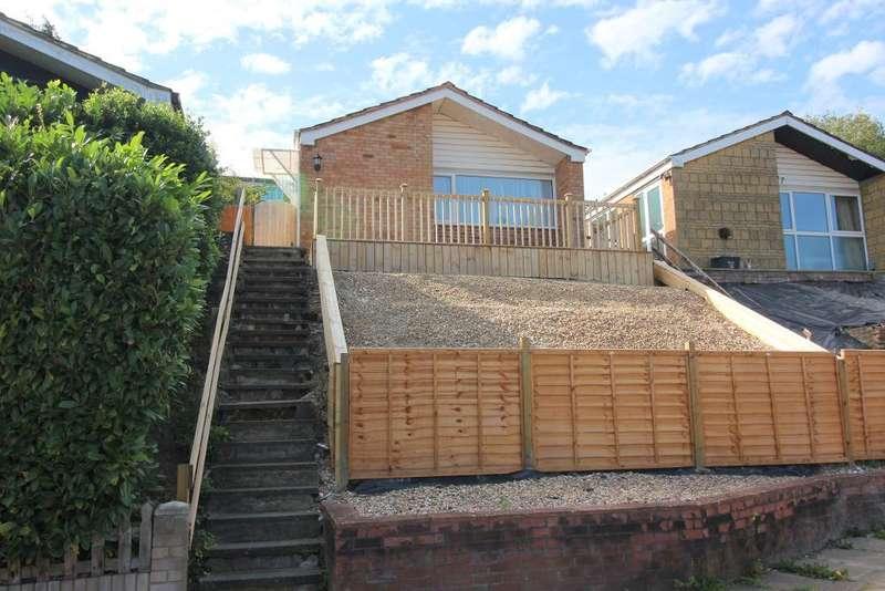 2 Bedrooms Bungalow for sale in Devon Road, Luton, Bedfordshire, LU2 0RU