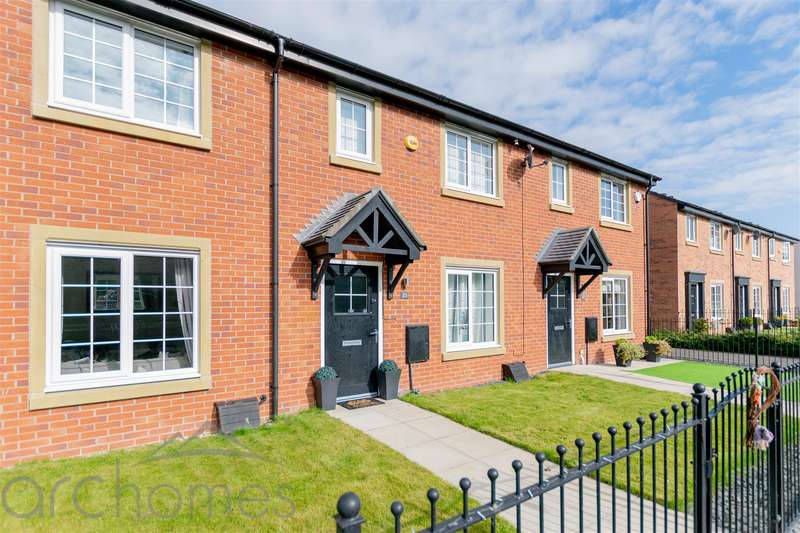 3 Bedrooms Terraced House for sale in Ackers Fold, Leigh