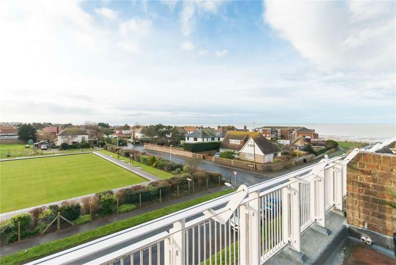 3 Bedrooms Penthouse Flat for sale in Beach Avenue