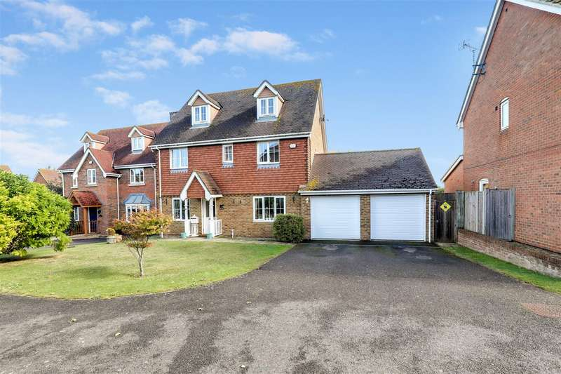 5 Bedrooms Detached House for sale in Randle Way, Bapchild, Sittingbourne