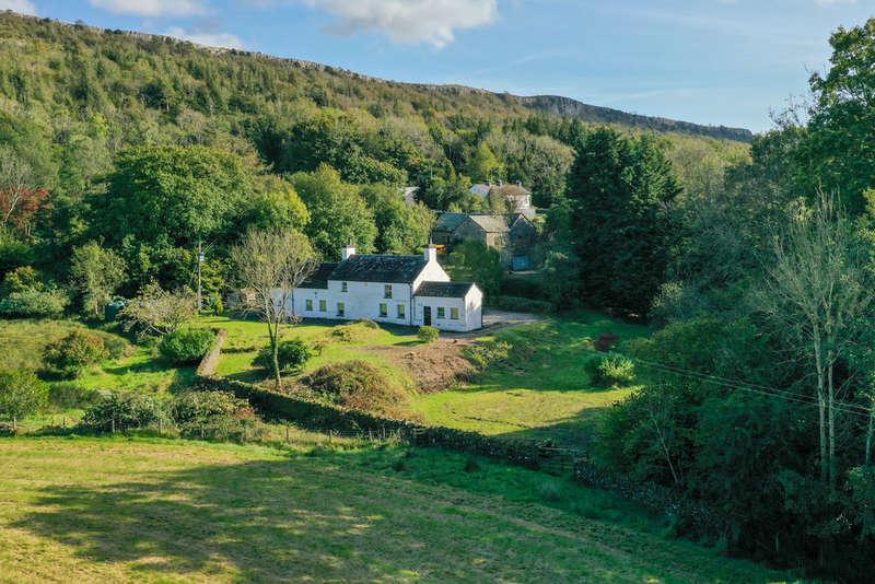 6 Bedrooms House for sale in Scarfoot Farm, Underbarrow Road, Underbarrow, Kendal, Cumbria, LA8 8HB