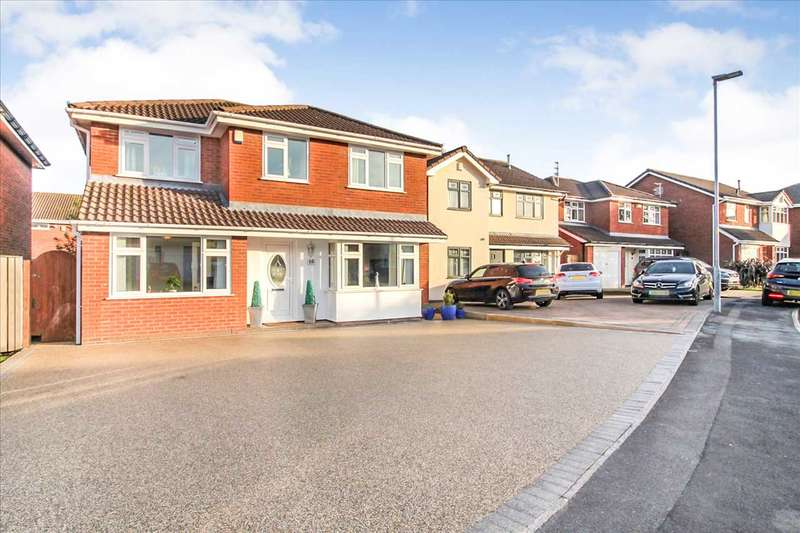 4 Bedrooms Detached House for sale in Whitewood Close, Ashton in Makerfield, Wigan