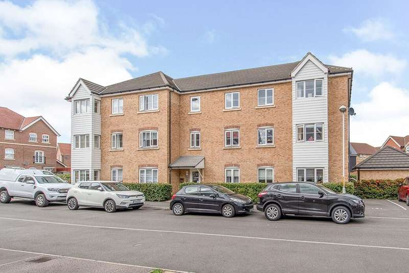 2 Bedrooms Flat for sale in Easton Drive, Sittingbourne, ME10
