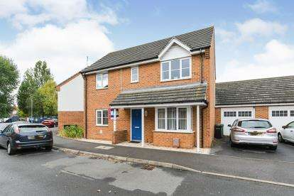 3 Bedrooms Detached House for sale in Portsmouth, Hampshire, England