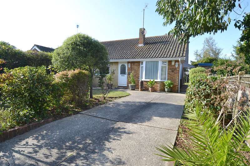 2 Bedrooms Semi Detached Bungalow for sale in Ham Shades Lane, Tankerton, Whitstable