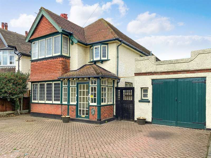 4 Bedrooms Detached House for sale in Alma Road, Herne Bay