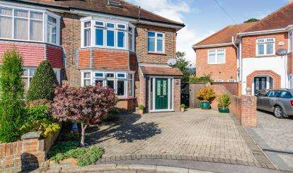 3 Bedrooms Semi Detached House for sale in Gosport, Hampshire, .
