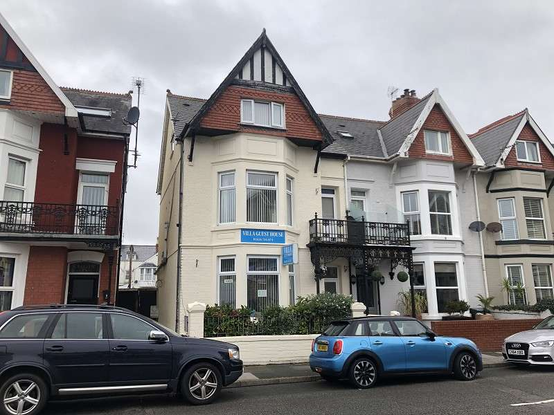 12 Bedrooms End Of Terrace House for sale in 27 Mary Street, Porthcawl, Bridgend, Bridgend County. CF36 3YN