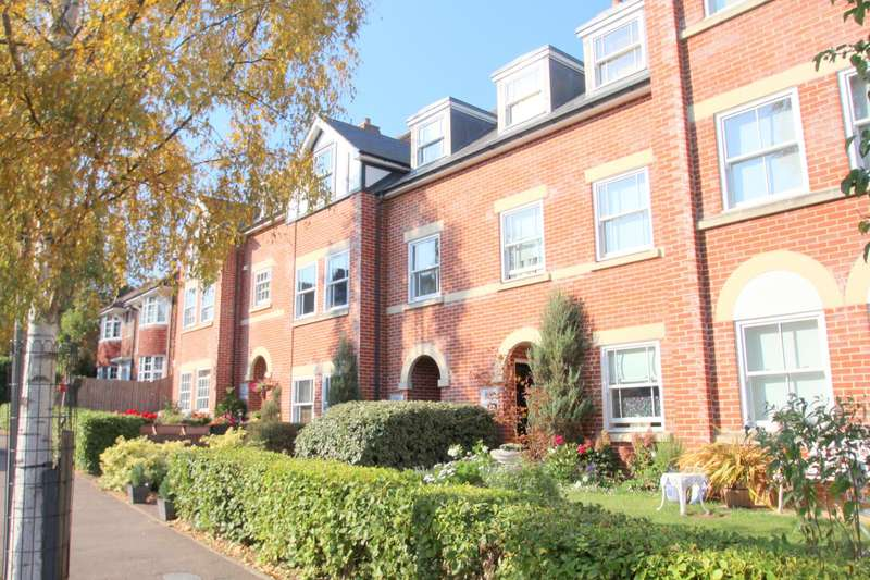 3 Bedrooms Apartment Flat for sale in Westwood, Inglis Road, Lexden