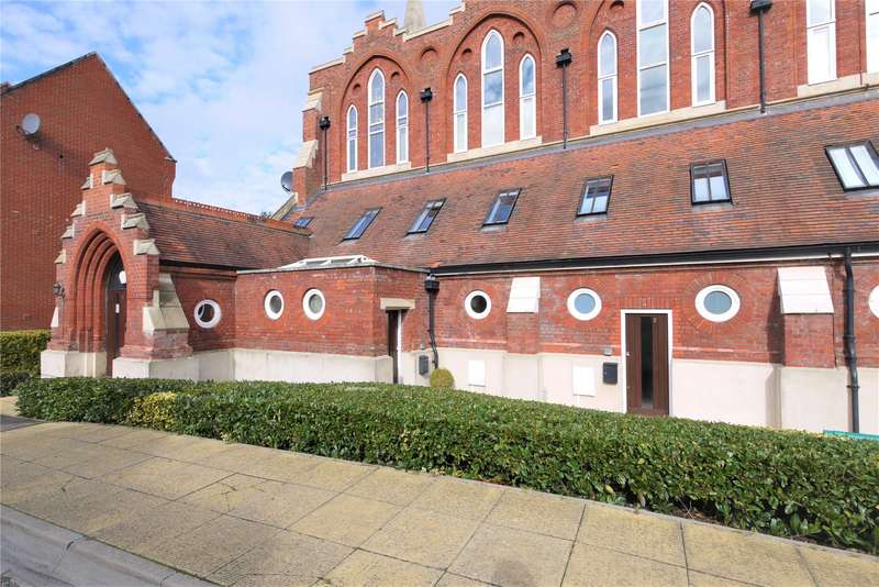 1 Bedroom Apartment Flat for sale in St. Raphael's Place, Pastoral Way, Brentwood, Essex, CM14