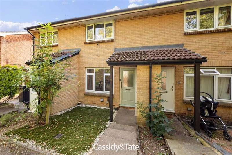 2 Bedrooms Property for sale in Harness Way, St. Albans, Hertfordshire - AL4 9HB