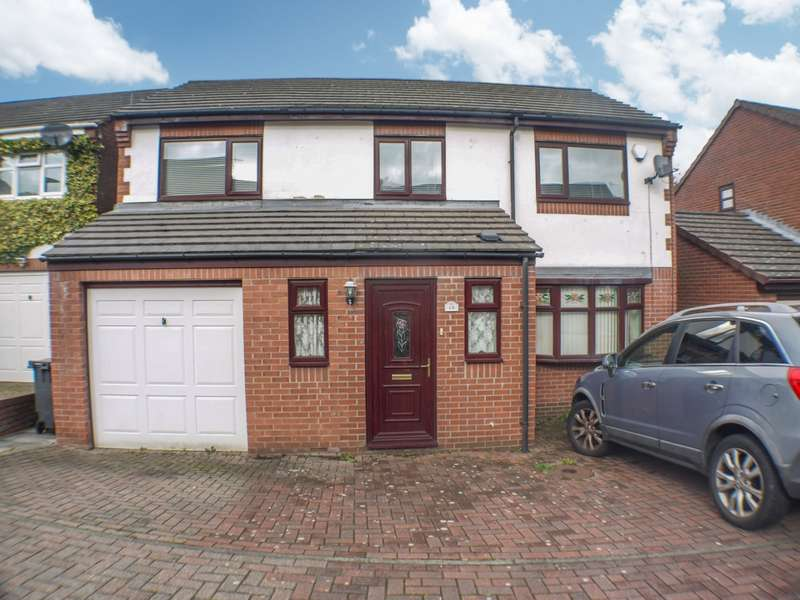 4 Bedrooms Detached House for sale in Oakfield Park, Prudhoe, NE42