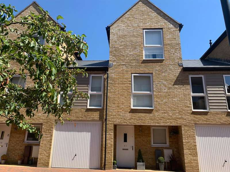 3 Bedrooms Terraced House for sale in Brunel Way, Bedhampton, Havant
