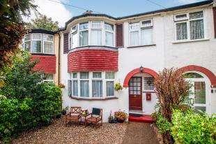 3 Bedrooms Terraced House for sale in Glen Gardens, Croydon, Surrey