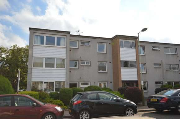 2 Bedrooms Flat for rent in Muirton Place, Perth, PH1
