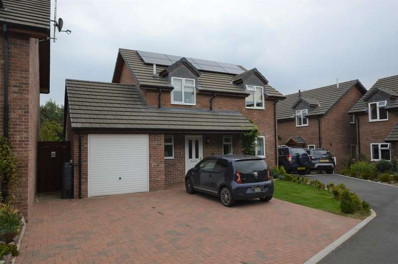 3 Bedrooms Detached House for sale in The Old Brickyard, Barons Cross Road